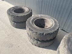 1000 x 20 ECOMATIC SOLID TYRES-902018