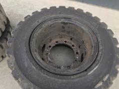1000 x 20 SOLID TYRES-901836
