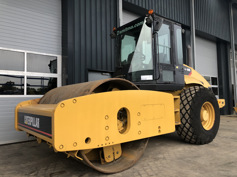 Picture of CATERPILLAR CS583 E