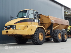 Picture of CATERPILLAR 725