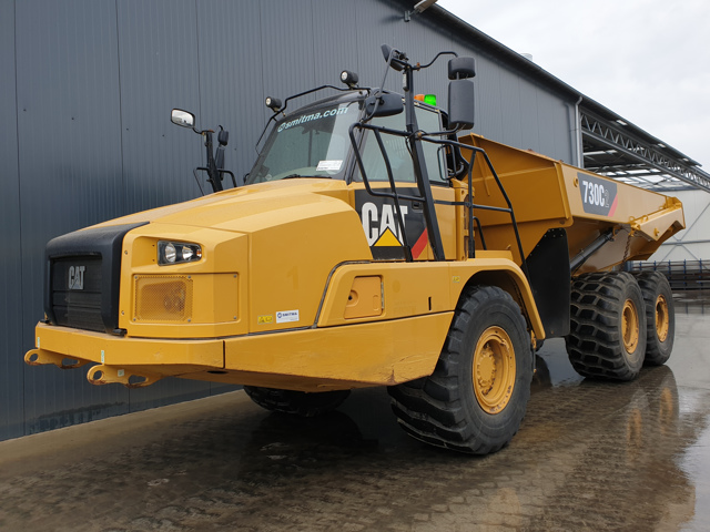 Caterpillar — 730C II