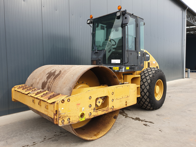 Caterpillar — CS533E