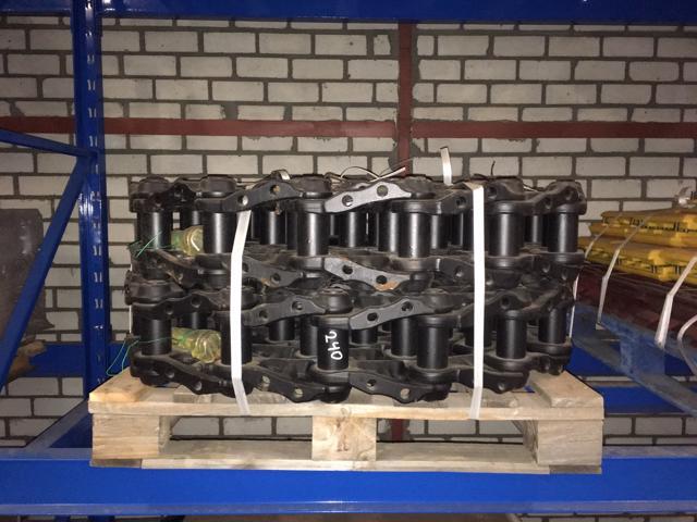 Komatsu-VOLVO CHAIN  PC240 / PC210 / EC210B / EC240B + C / EC250D + E-501310