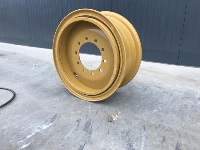 Tyres – Caterpillar – NEW RIMS 140H  – #900810