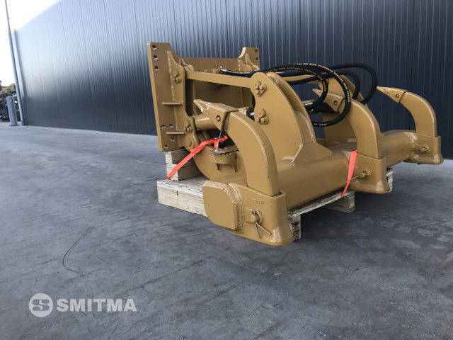 Caterpillar – D5K NEW RIPPER – #900955