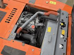Hitachi-ZX210LC-3-2010-184338