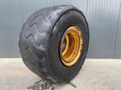 Michelin-875 / 65R29-902013