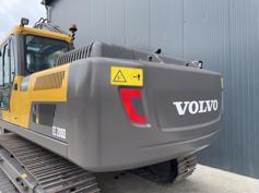 Volvo-EC200D-2021-184198
