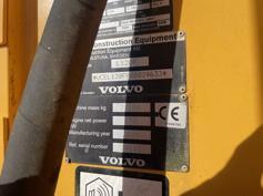 Volvo-L120F-2009-185246